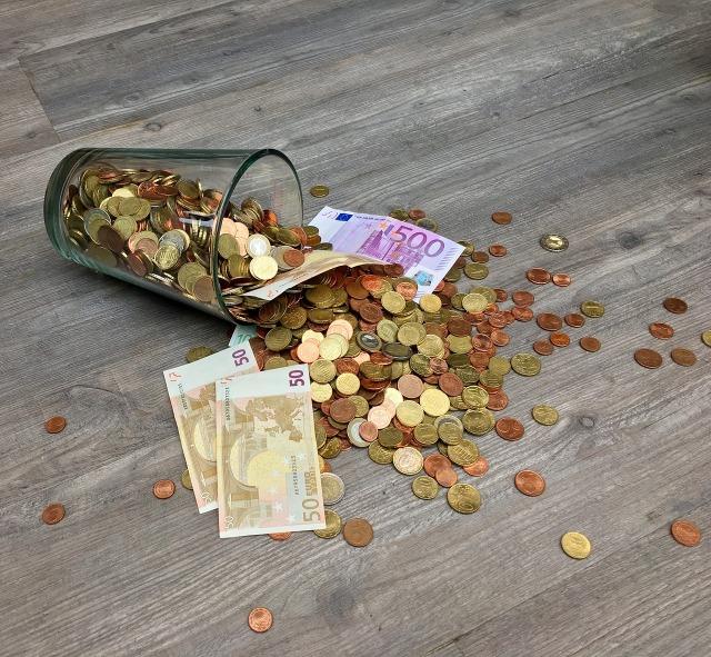 money-1700318_1280.jpg
